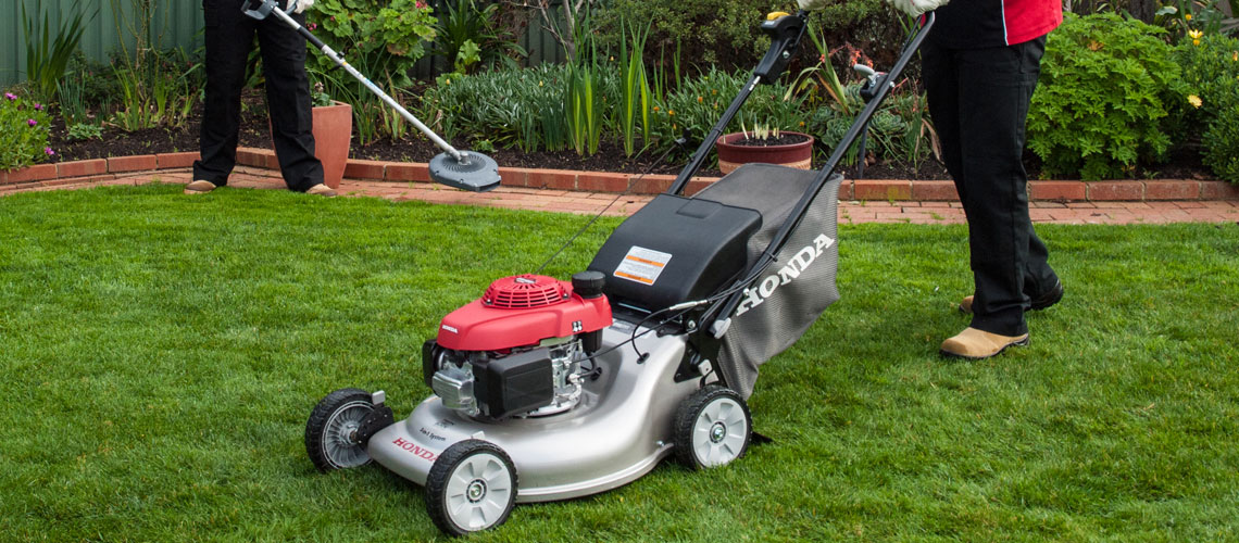 Honda HRR216VYU Walk Behind Lawnmower